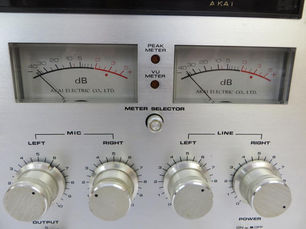 AKAI GXC-570D カセットデッキ
